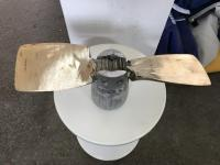 Volvo Penta csukódó propeller